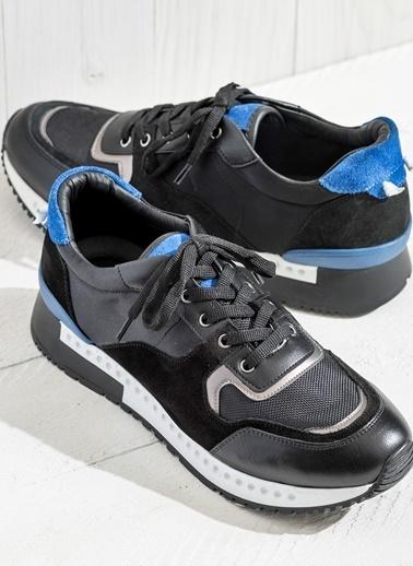 Bağcıklı Spor Ayakkabı-Elle
